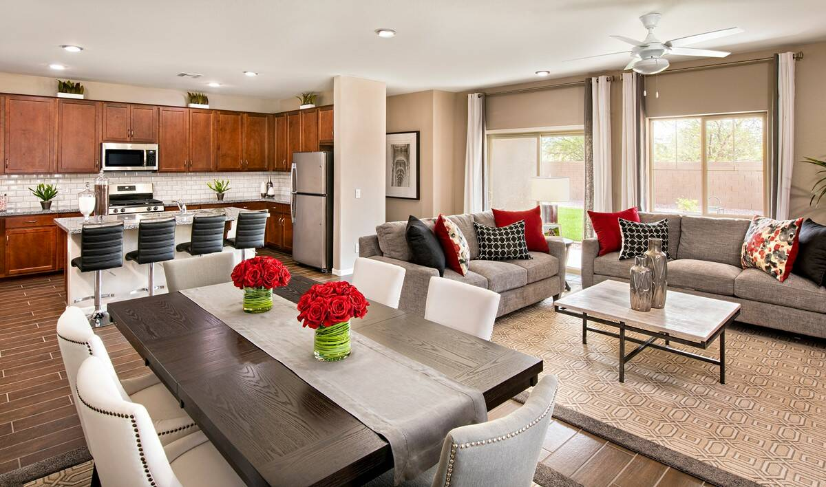 parade-open-floorplan-aspire-at-villago-new-homes-casa-grande-az