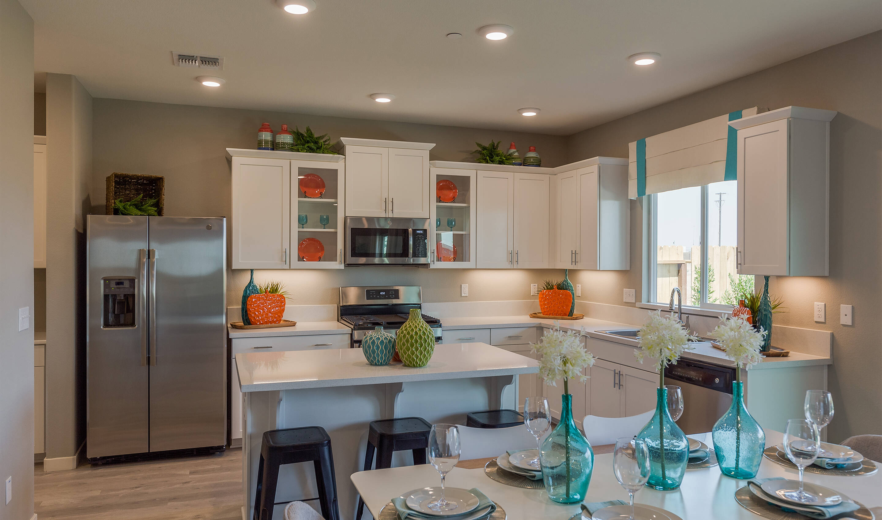 khov_sacramento_aspire at sierra vista_primrose_kitchen 1