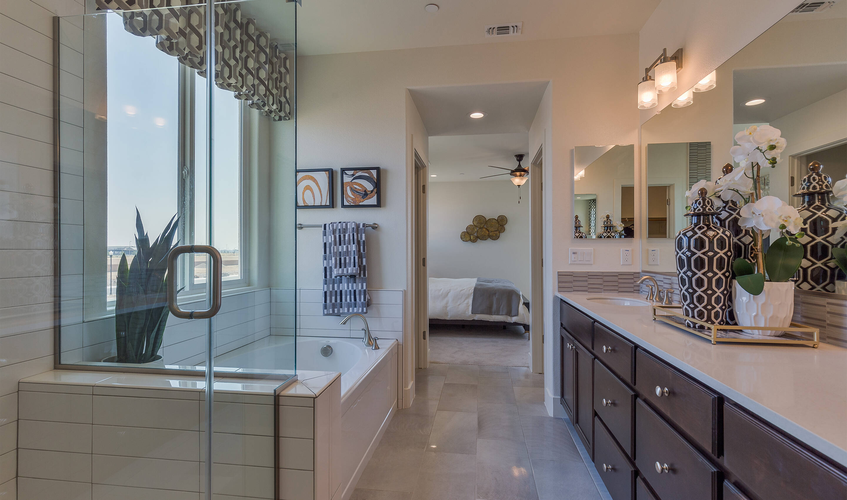 khov_sacramento_parkview at sterling meadows_vineyard_owners bath 2