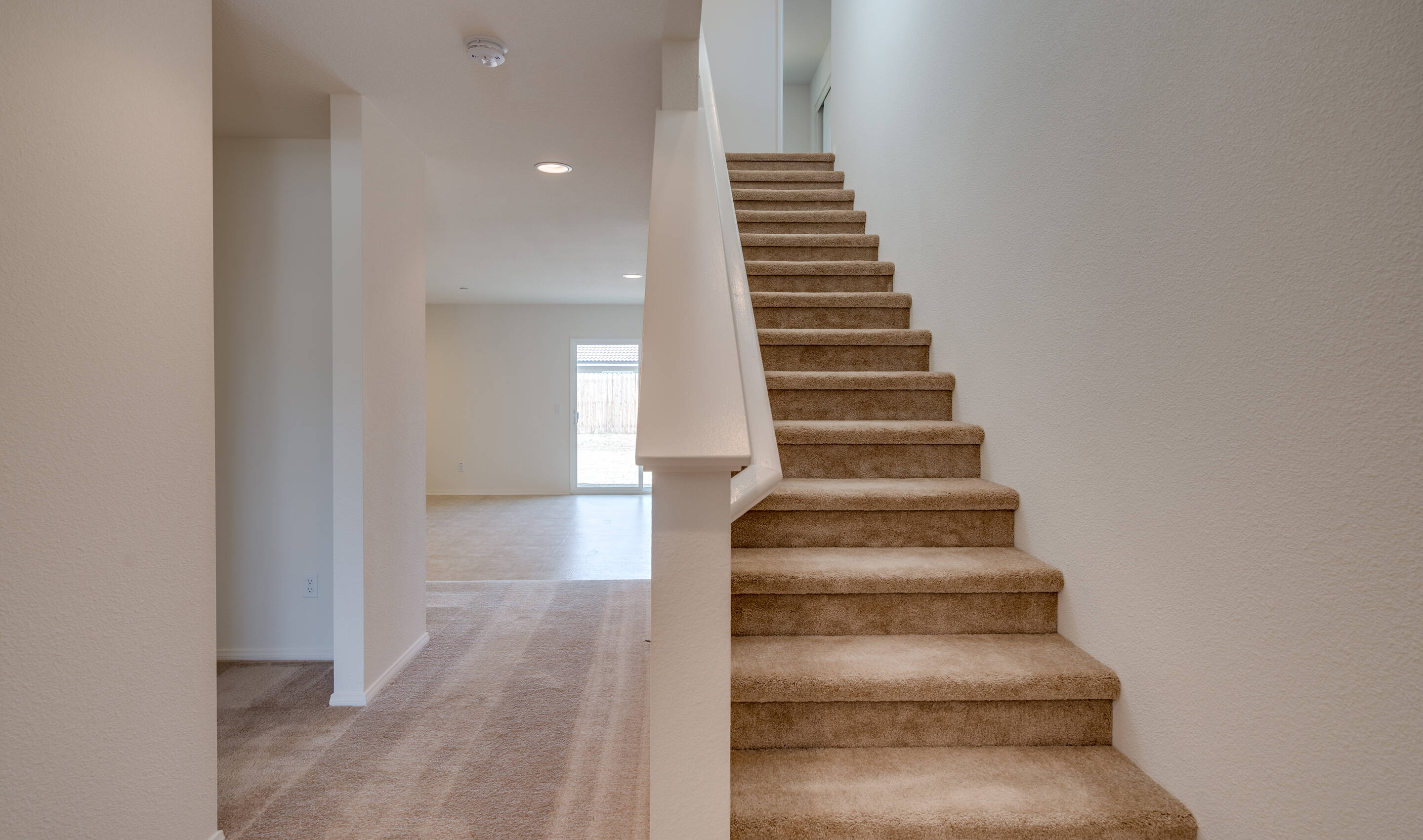 sol-foyer-aspire-at-arvin-new-homes-arvin-ca