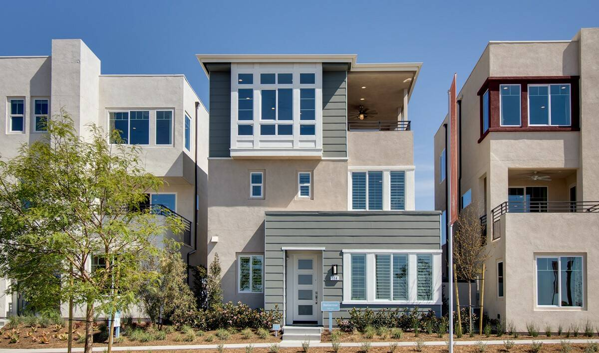 bellerose-exterior-03-deco-at-cadence-park-new-homes-irvine-ca