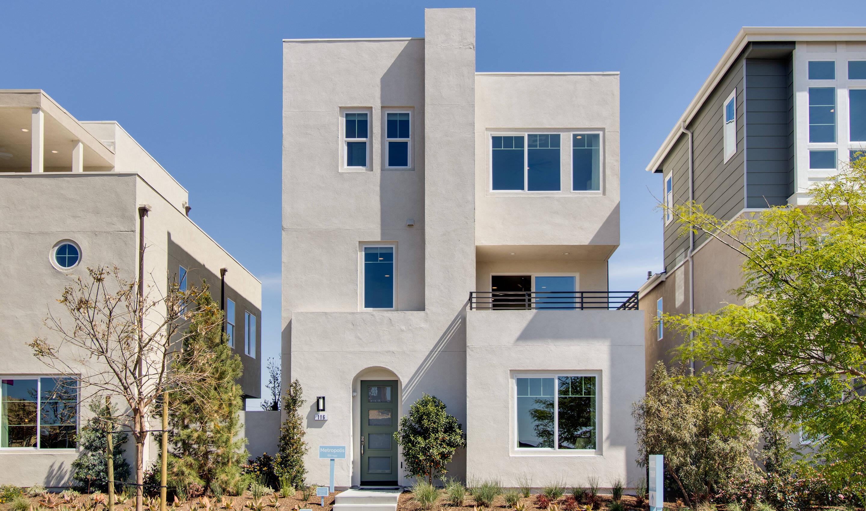 metropolis-exterior-02-deco-at-cadence-park-new-homes-irvine-ca