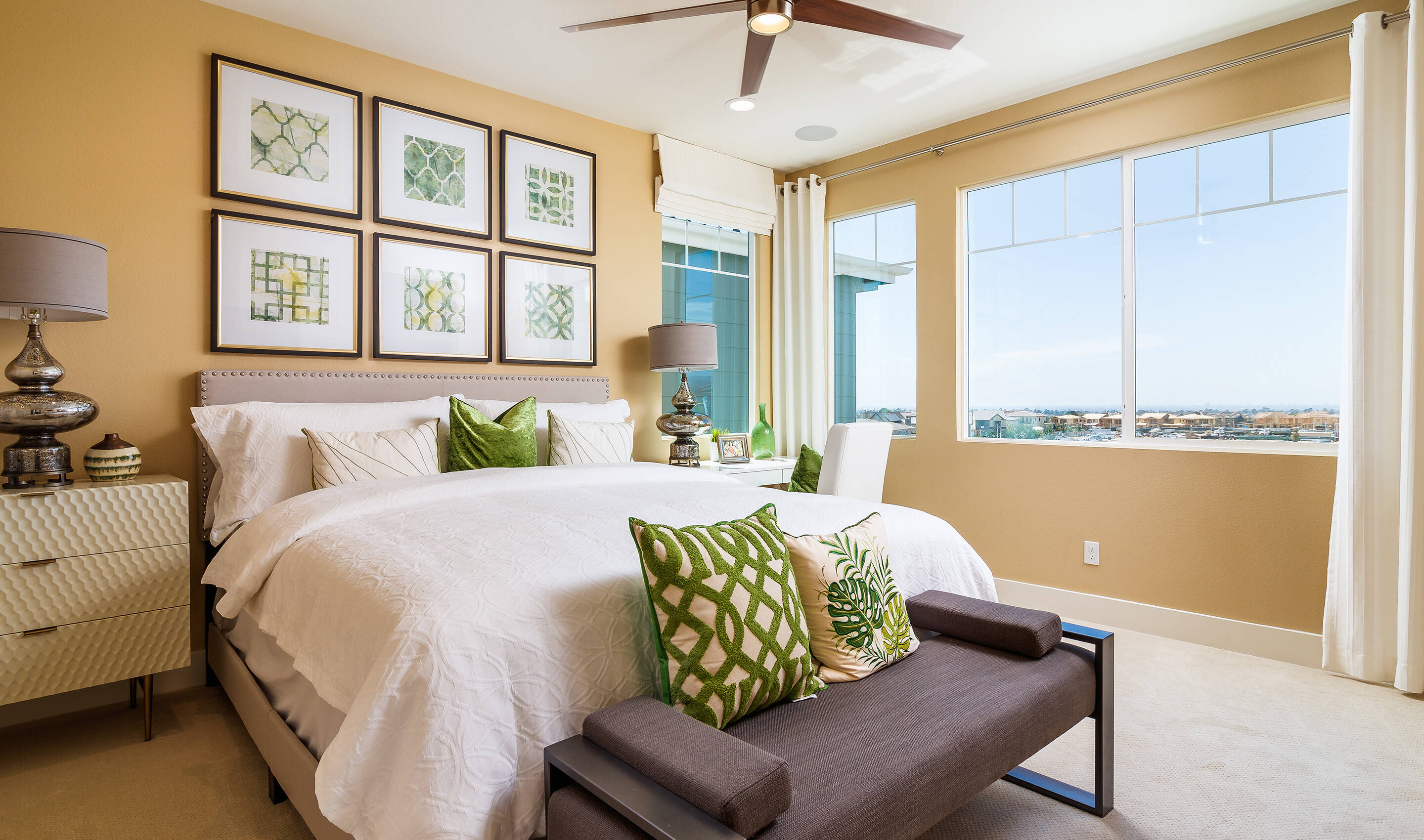 metropolis-owners-suite-deco-at-cadence-park-new-homes-irvine-ca