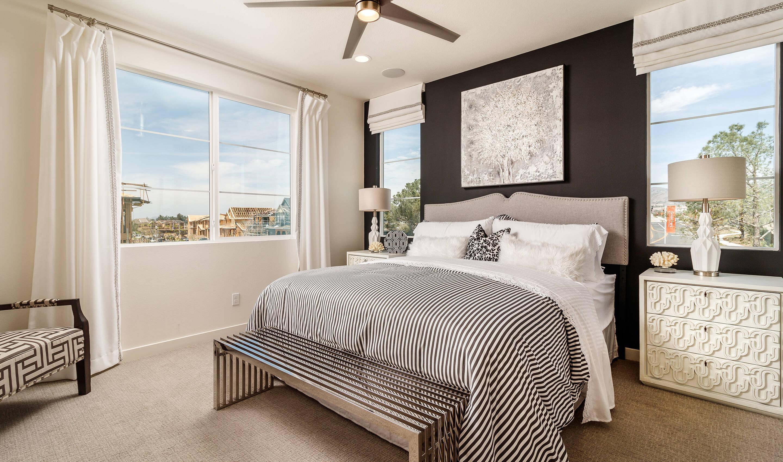 pontiac-owners-suite-deco-at-cadence-park-new-homes-irvine-ca