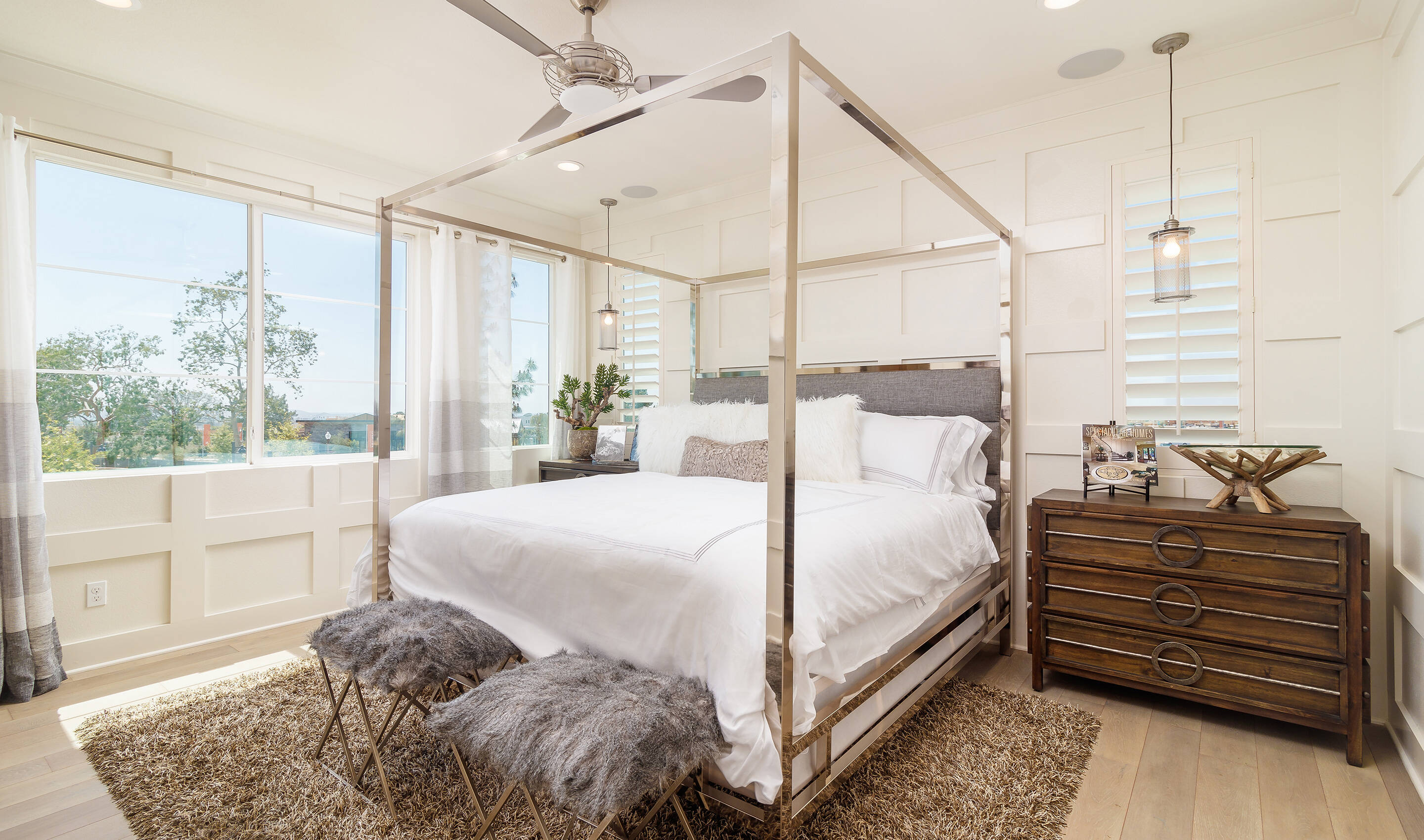 waverly-owners-suite-deco-at-cadence-park-new-homes-irvine-ca