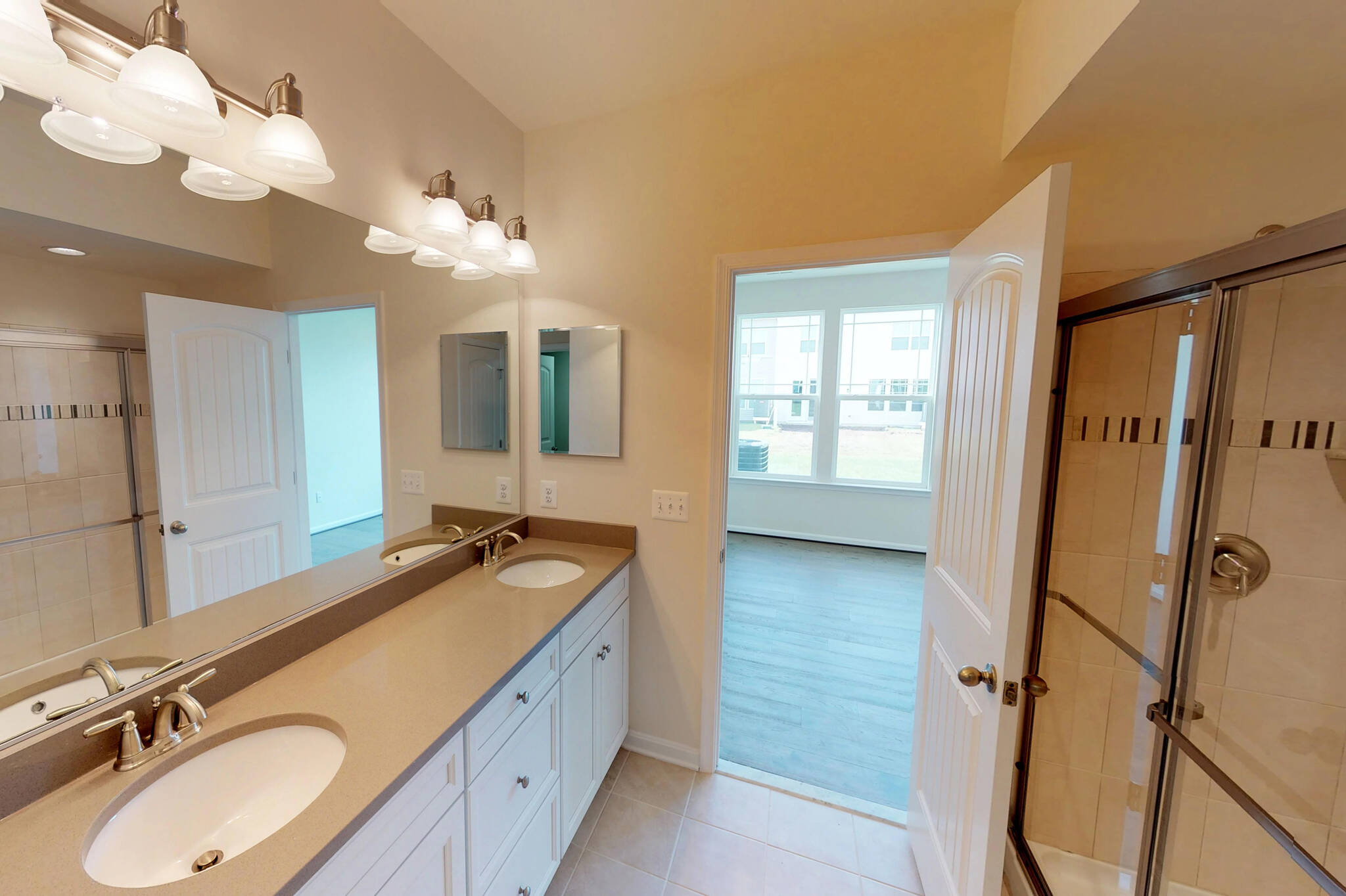 owners bath1-1 seashore II 6 lot 165 new homes at beach club