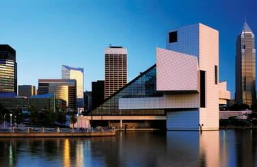 1 Rock and Roll Hall of Fame 1109 x 624