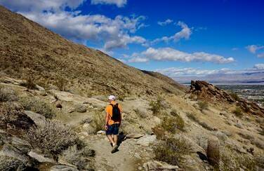 6 58628_Desert Hiking GettyImages-1068048084
