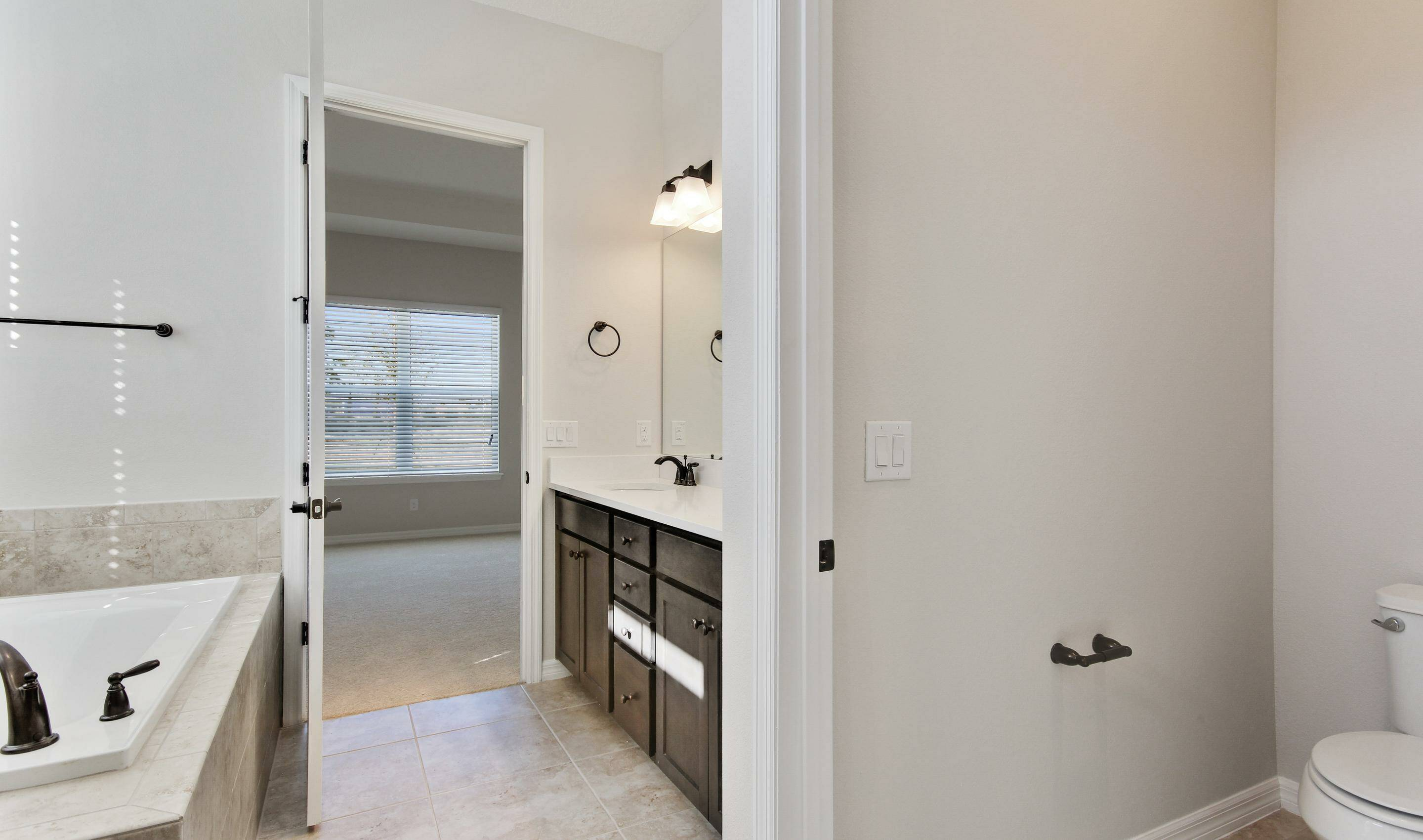 owners spa bath in dunmore in four seasons at orlando new homes in orlando florida