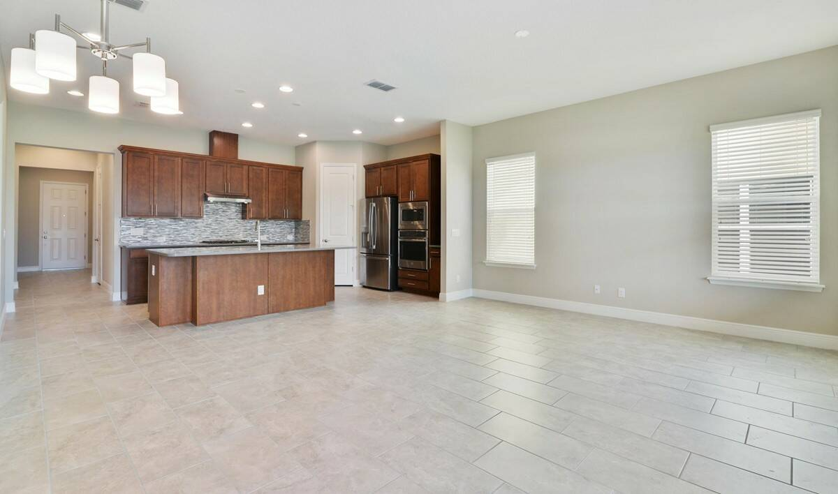 open living areas in stella four seasons at orlando florida