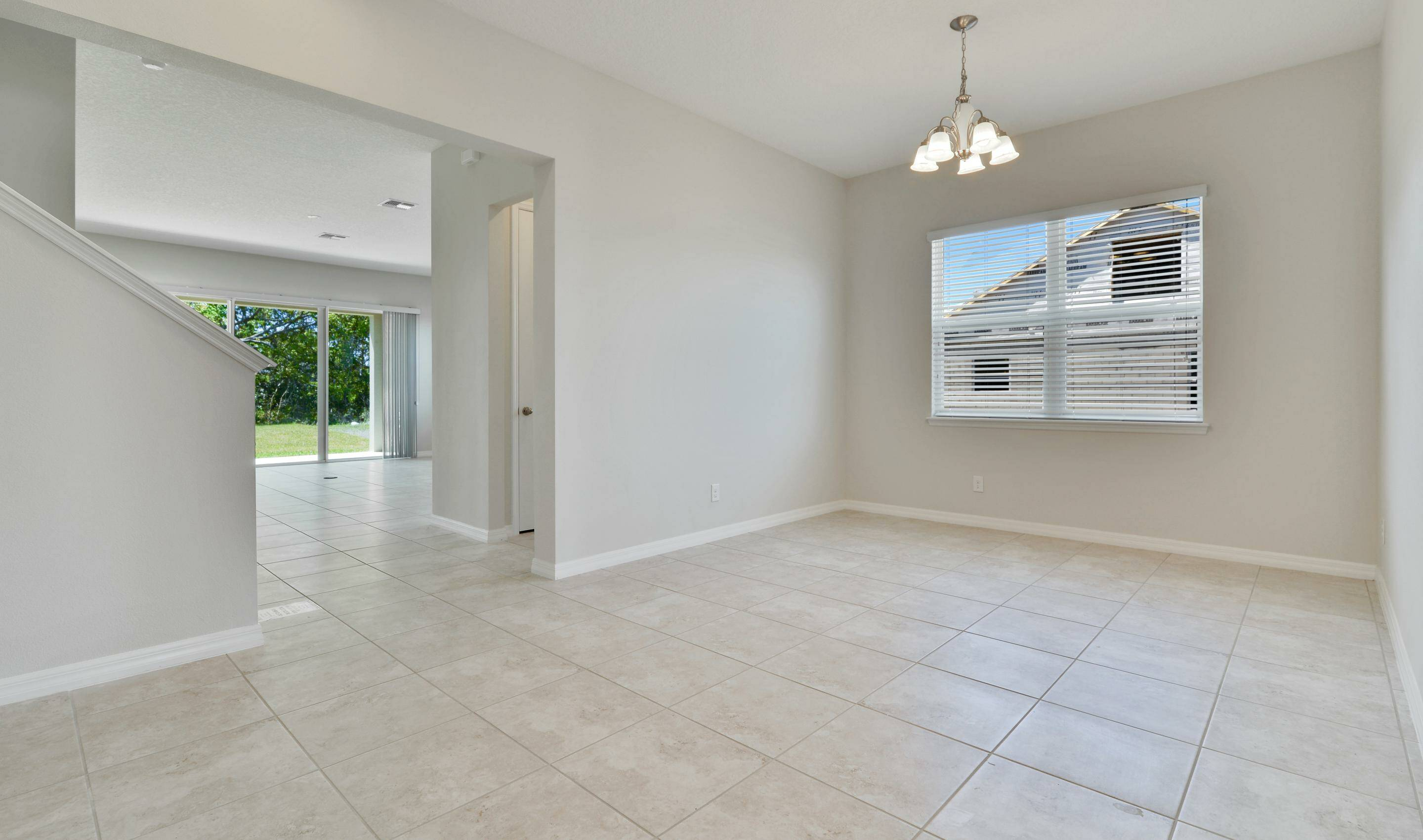 dining room in michelson at preserve at turtle creek new homes in st cloud florida