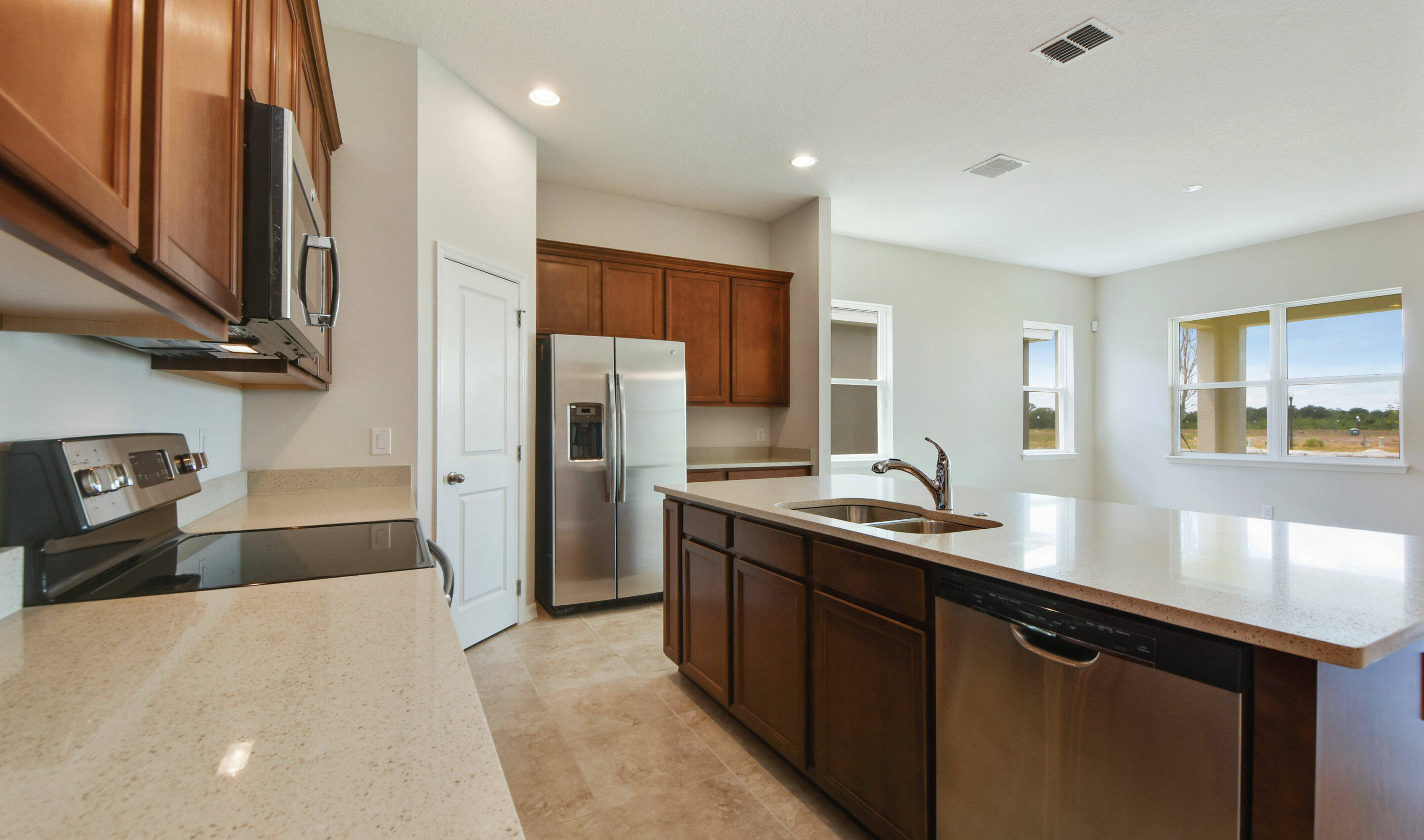 sherrington-kitchen-new-homes-orlando-florida