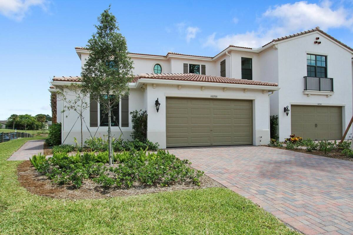 callista 2 exterior enclave new homes in boca raton