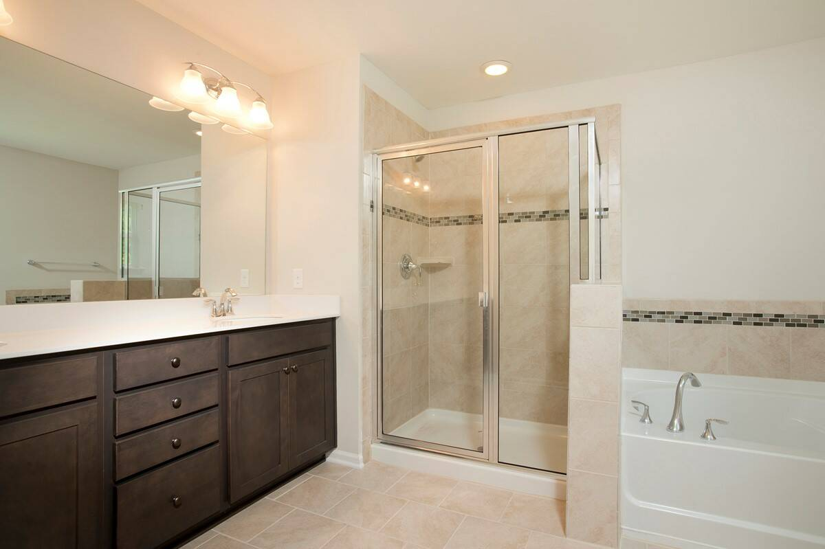 owners bath olvera 319 lot 90 new homes at the commons