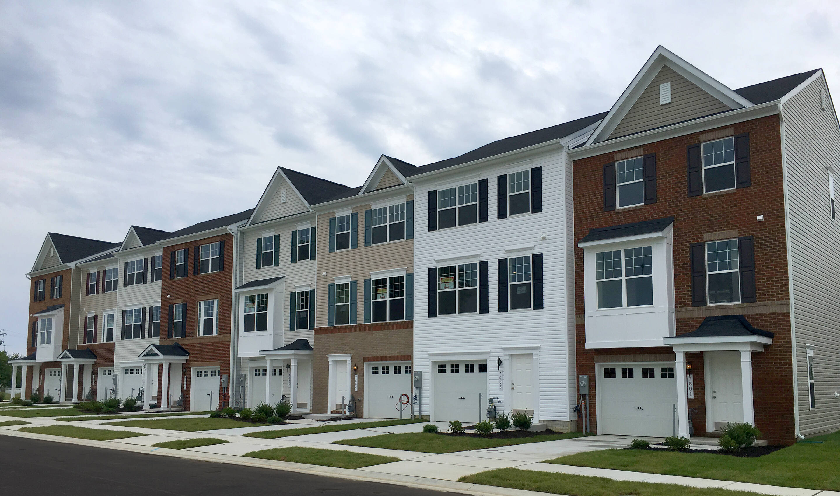 adams II new homes at admirals landing
