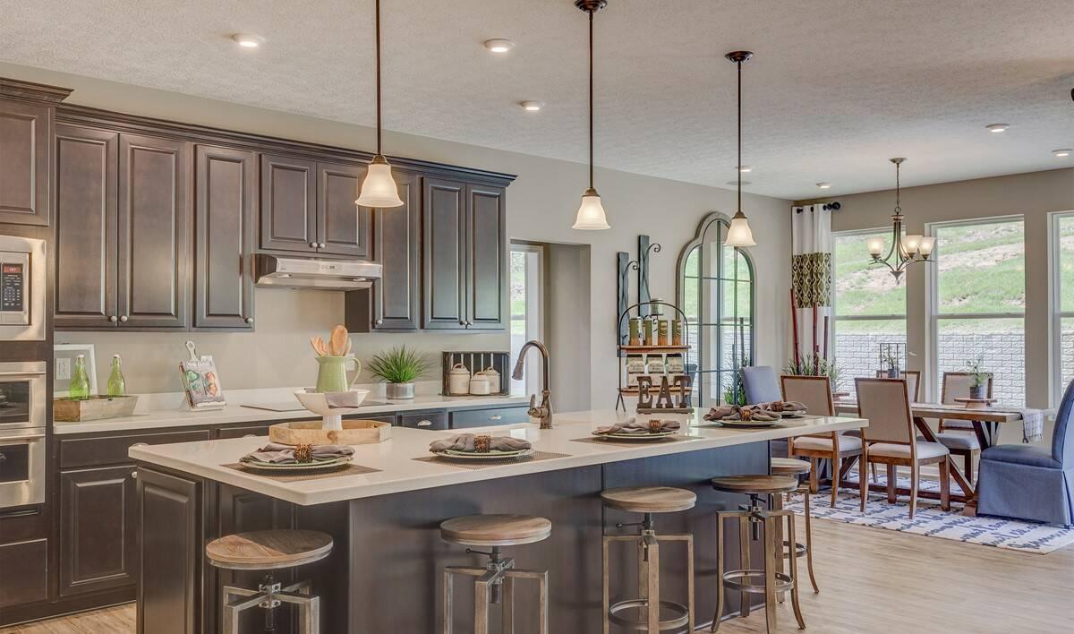 Khov_Ohio_Stonecreek_Gable_Kitchen 1