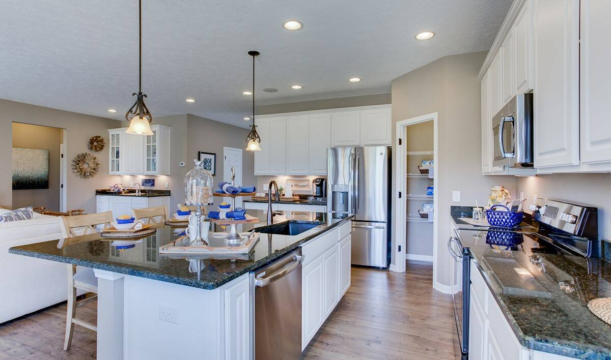 khov_OH_MorningSide_Dorchester_kitchen 4