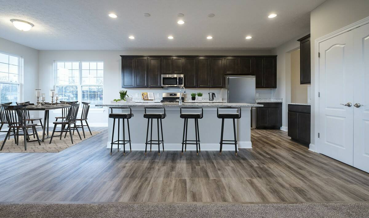casual dining options at norton place in ellsworth