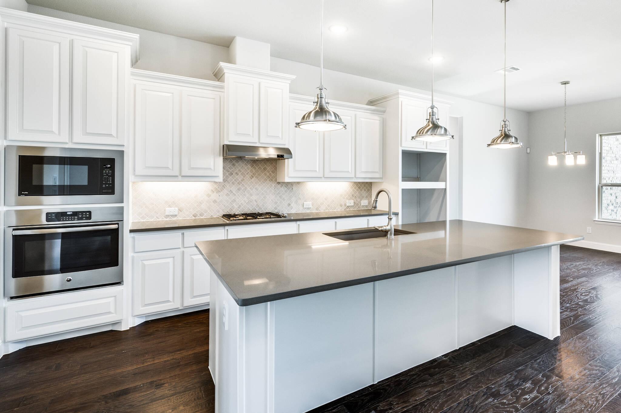 Graystone II - kitchen