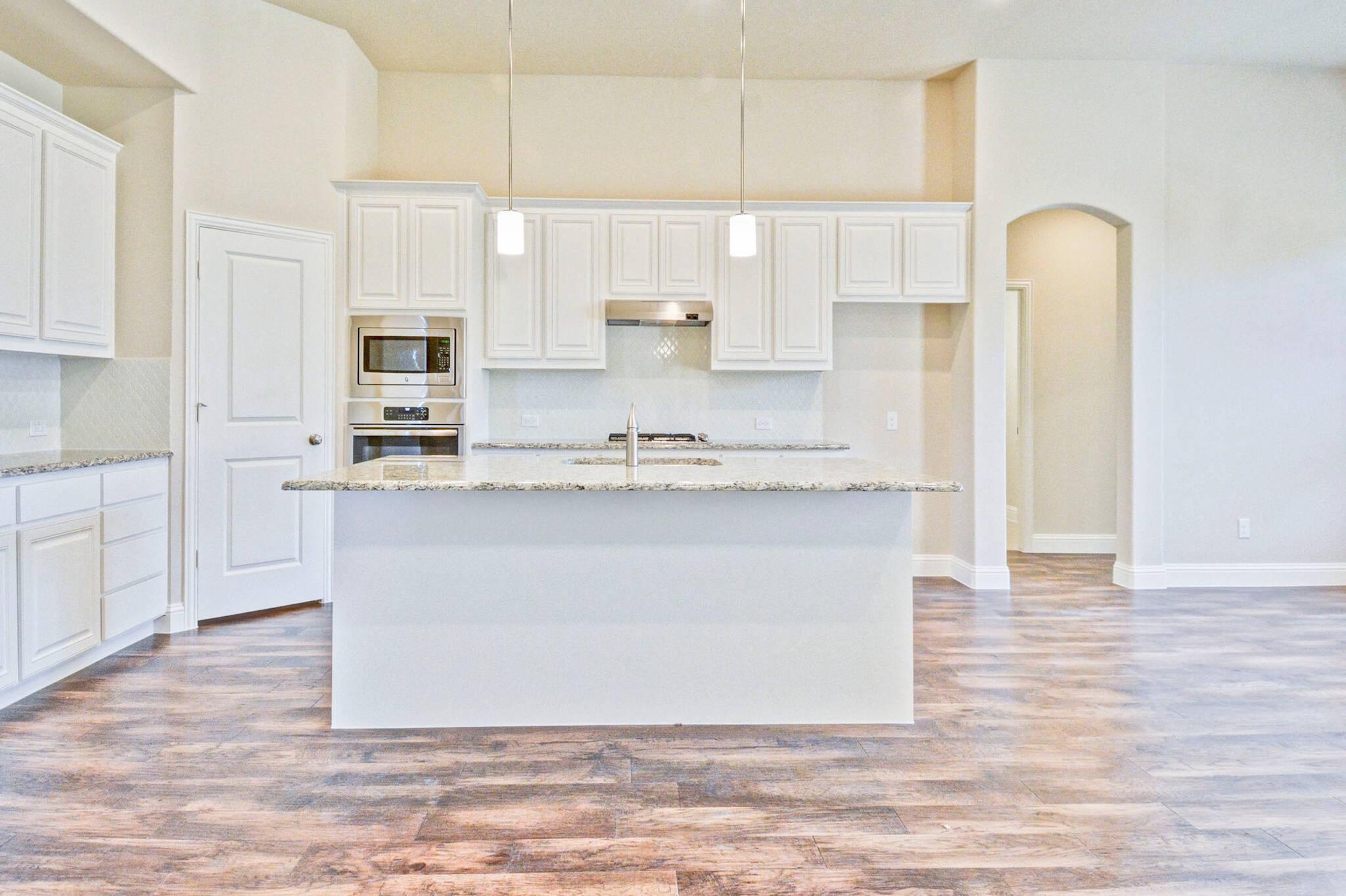 Kingswood II - kitchen