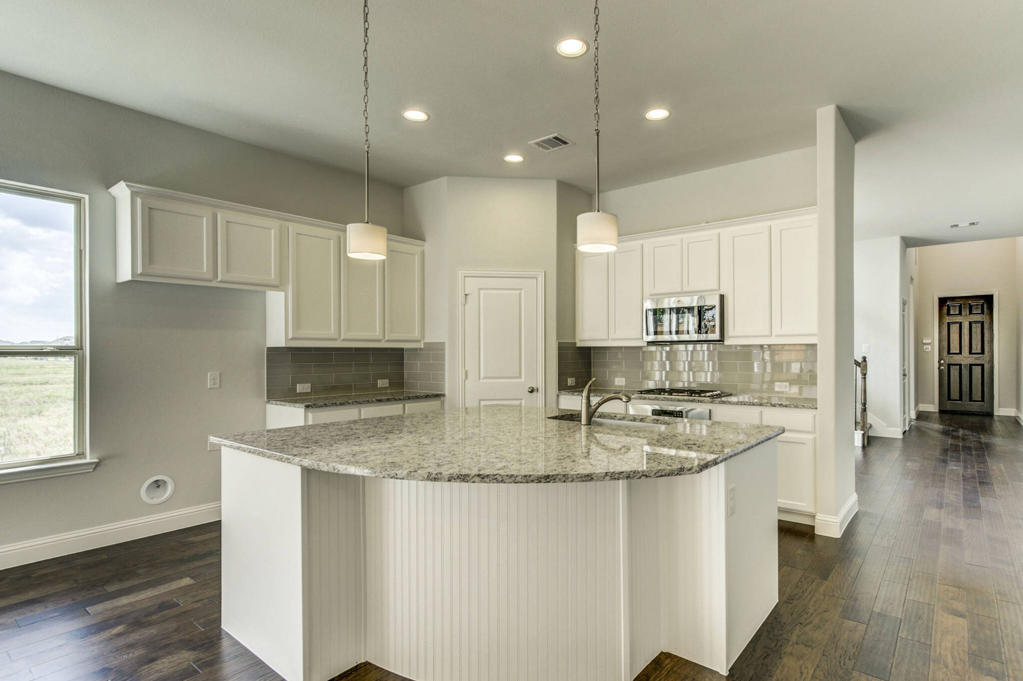 4112 Starlight Creek_Lyoncrest IV_Light Farms Sage_016_kitchen_THUMB