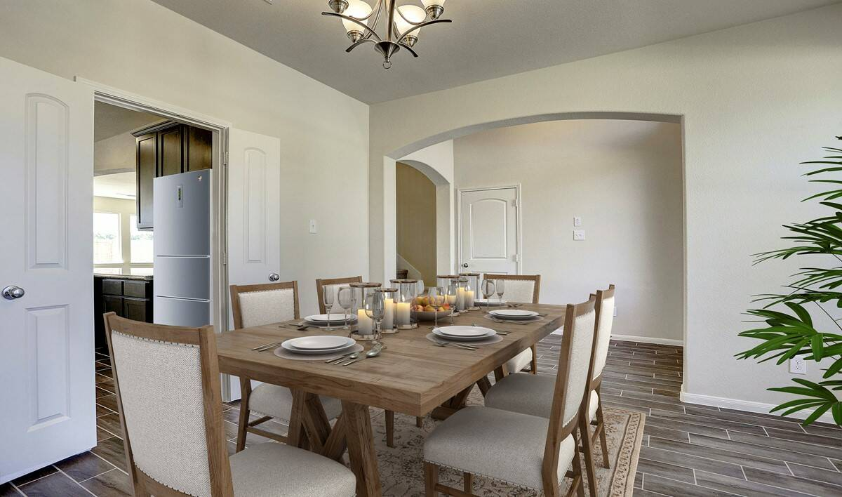 dining-room-kitchen-access_brysonII-staged-txhou