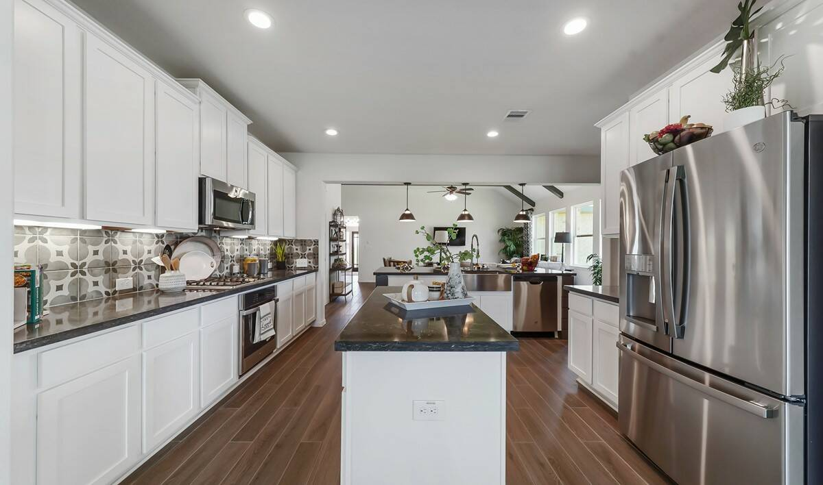 65201_River Farms_Chase_Kitchen