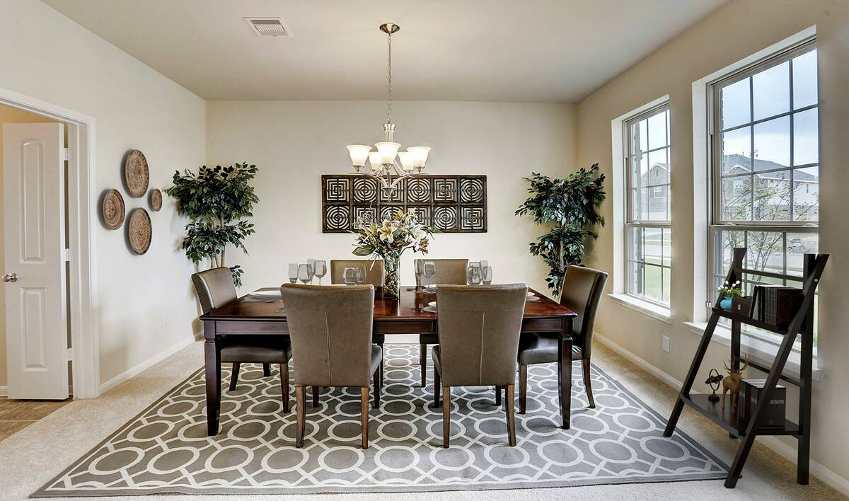 dining-room_eastonII-virtually-staged-txhou