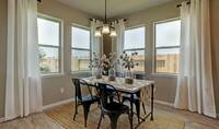 Dining area_Prairie Glen 24126 IMG 15_1_1c
