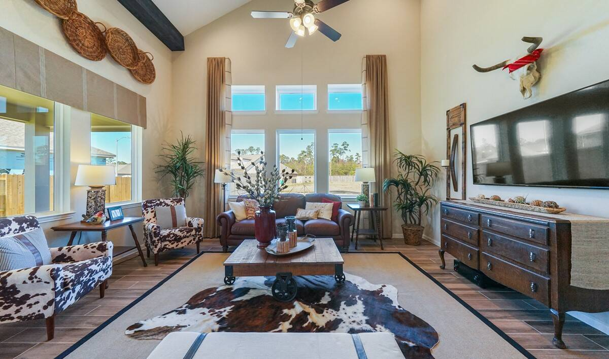 71556_Hunters Creek_Savannah_Great Room