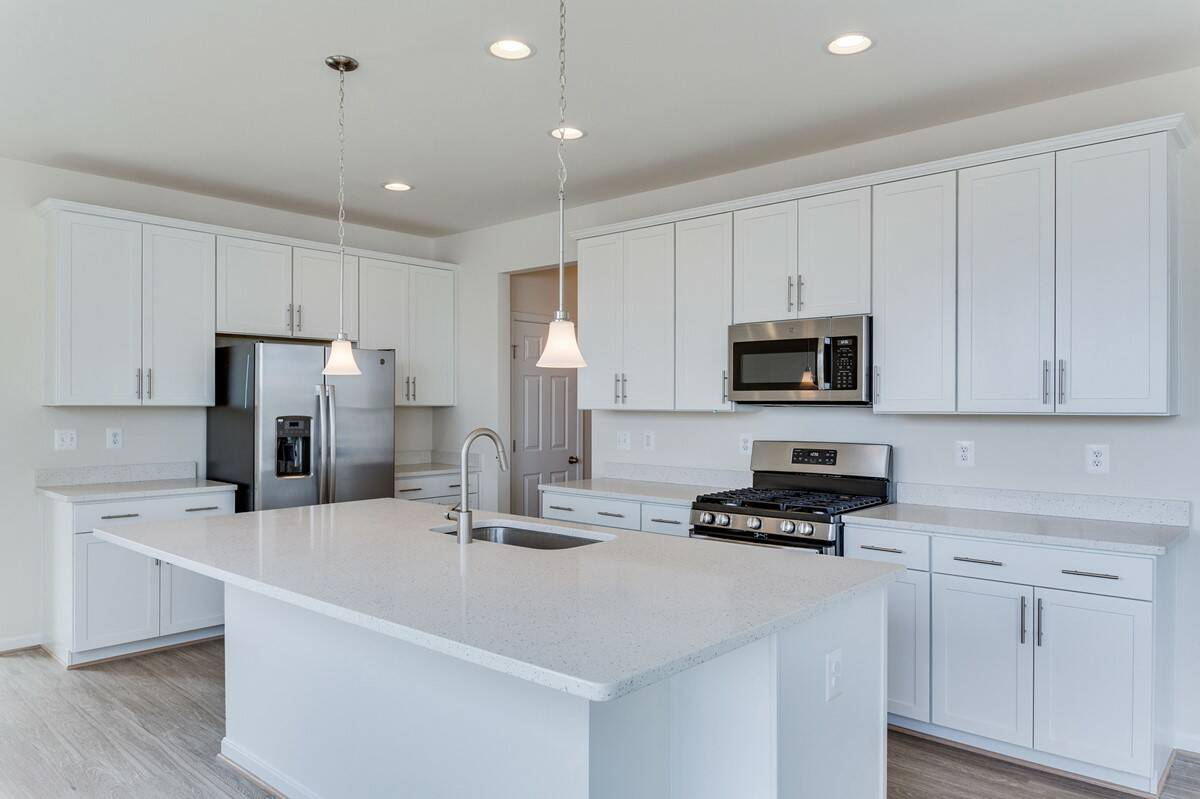 kitchen2 carter 413 lot 983 new homes at embrey mill