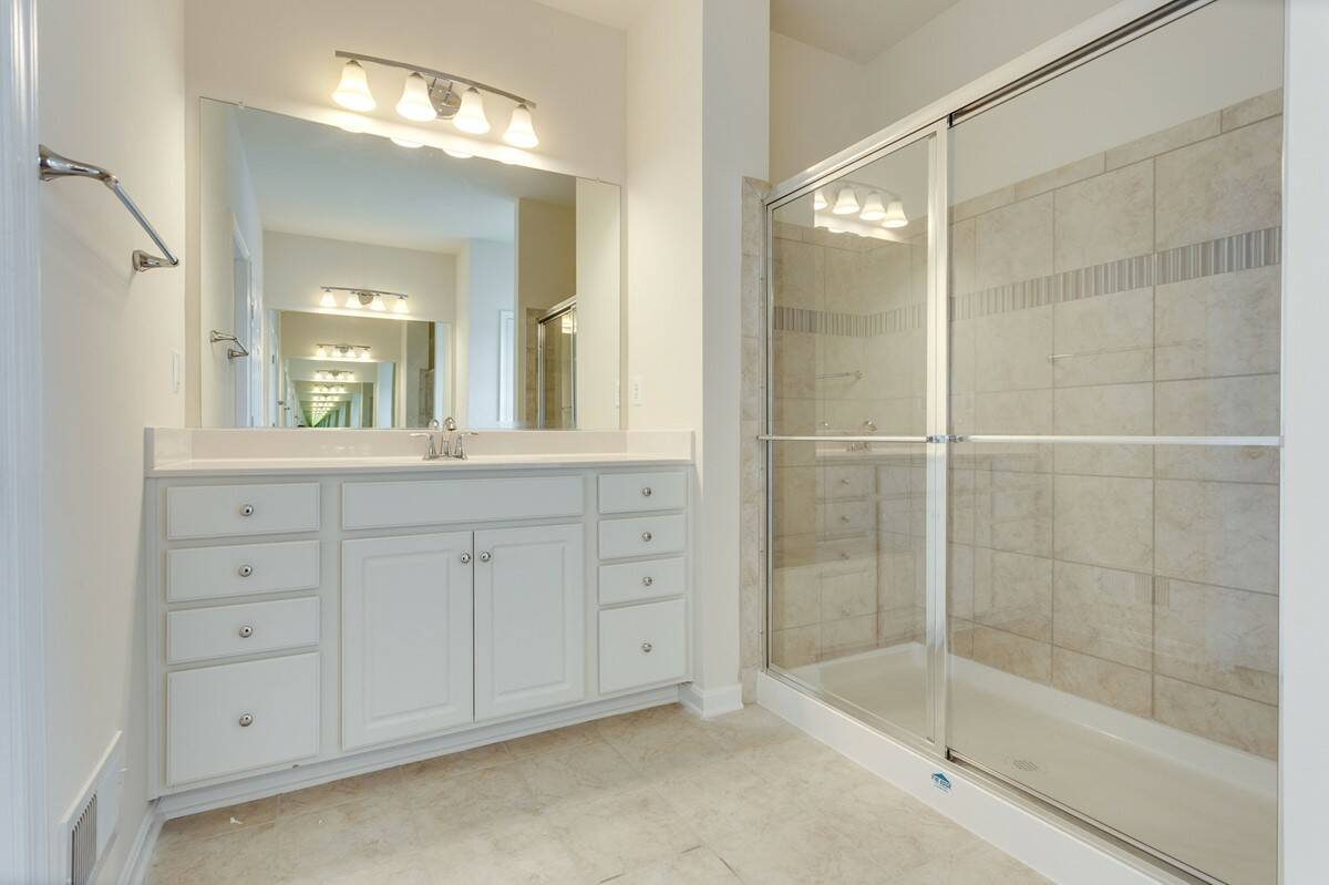 owners bath3 tucker 437 lot 977 new homes at embrey mill