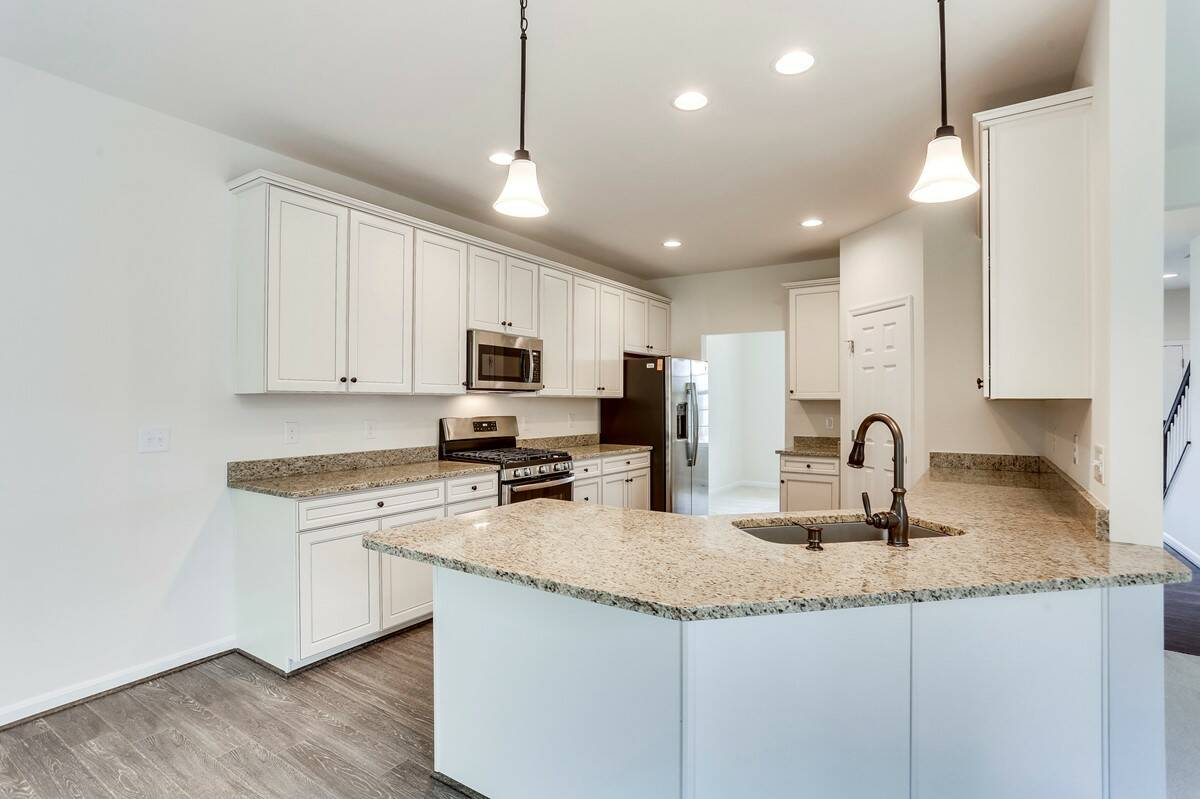 kitchen6 remington 114 lot 717 new homes at leeland station