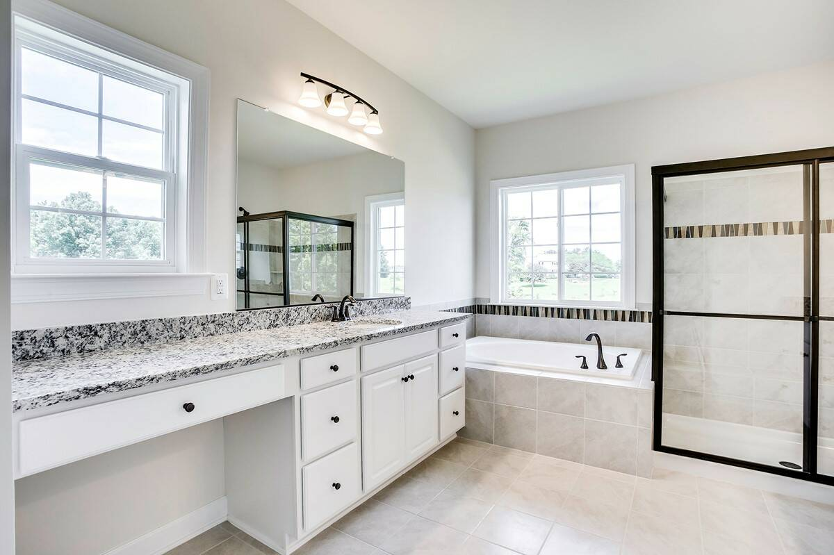owners bath memphis II 26843 lot 62 new homes at melody farms